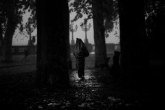 Autumn (♫♪♭Enricodot ♫♪♭) Tags: enricodot blackandwhite man bianconero garden park peo people street cold freddo ilobsterit