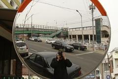 _MG_0324 (Jeramy D. Boileau) Tags: road black green car canon mirror korea trainstation southkorea brigde songtan