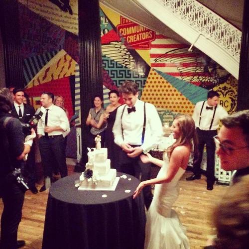 #weddingnyc #cakecutting #weddingcake #wework #weworkwedding