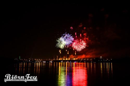 Ruhrort Hafenfest - Feuerwerk 2015