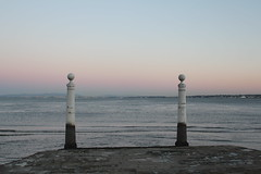 calm (July F.F) Tags: sunset sea summer beach portugal mar peace lisboa lisbon july calm ff julyff