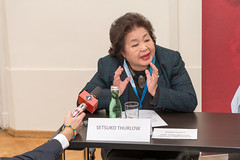 Setsuko Thurlow calls for a ban on nuclear weapons at ICAN Press Conference in Vienna