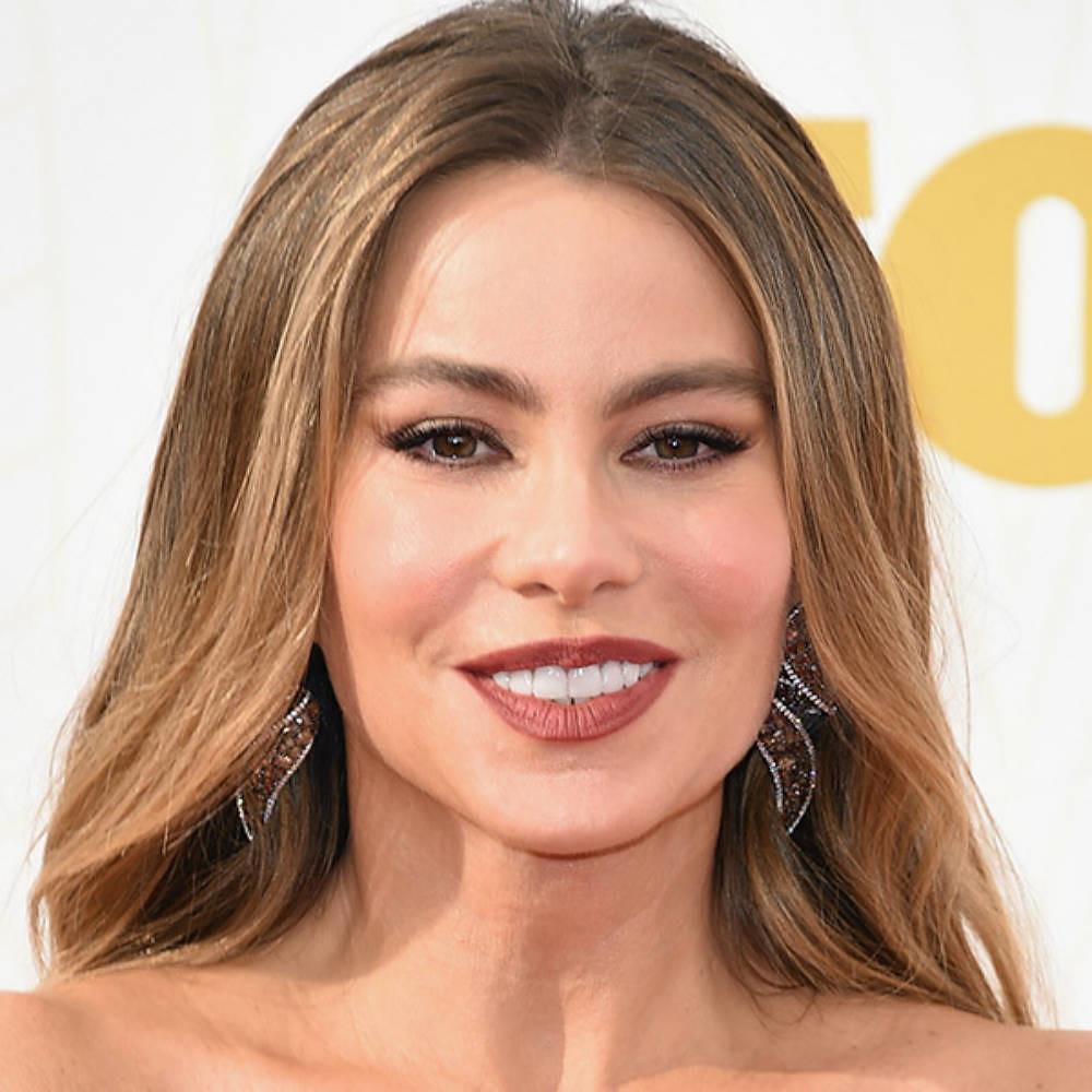 Maquillajes Emmys sofia-vergara