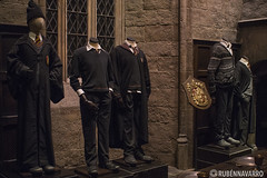Harry Potter - Warner Studios Tour (gtmdreams) Tags: london castle film train tren wizard magic harry potter peliculas ron warner londres studios castillo hermione slytherin hagrid voldemort magia muggles ravenclaw griffindor diagon huffelpuf howgarts