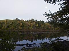 Haverhill Massachusetts (Boneil Photography) Tags: boneilphotography brendanoneil canon powershot g16 fall foliage newengland water reflections