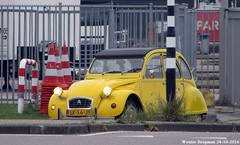 Citroën 2CV 1984 (XBXG) Tags: lk56js citroën 2cv 1984 2cv6 citroën2cv 2pk eend geit deuche deudeuche amsterdam nederland holland netherlands paysbas vintage old french classic car auto automobile voiture ancienne française france frankrijk outdoor yellow geel jaune