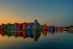 Sunset at Reitdiephaven | Groningen, the Netherlands [Explored 16-10-2016] (frata60) Tags: nikon d300s 1224mm tokina reitdiep reitdiephaven groningen groothoek netherlands nederland landscape landschap colors kleur weerspiegeling reflection reflections reflectie houses huizen noordnederland