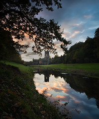 20161022 (RenaldasUK) Tags: yorkshire sunset uk england canon canon6d fountainsabbey river reflections sky clouds longexpussure littlestopper 247028 abbey ruins history tree