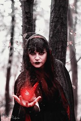 Magie (FoxPicture) Tags: people photoshop pain smile shadow light magic angel imagination infinity differentworld music emotions faces fantasy fotoshooting hope hamburg beauty black reality