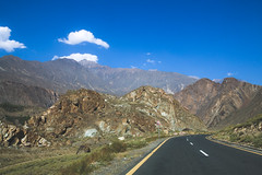 Gilgit Baltistan, Pakistan (umayrshahid) Tags: highway gilgit pakistan blue green