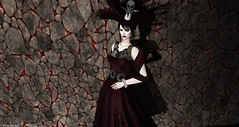A light from the shadows (Pilar Munro 2) Tags: halloween vipscreations skull shadows light