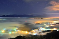 ~~   Colored glass light Clouds (Shang-fu Dai) Tags:  taiwan   clouds seaofclouds nikon d800e sky   coloredglasslight liulilazurite landscape formosa nightscene nantou