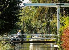 24-Bridge Mistress closing bridge for cyclists Broek in Waterland  25Sep16 (1 of 1) (md2399photos) Tags: broekinwaterland hollandholiday25sep16 irenehoevetouristshop monnickendam
