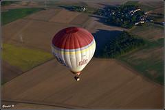 GLD_4753 (gerald.kreutzer) Tags: couleur chateau eau air france montgolfière 77 77300 fontainebleau lorrez bocage montereau balade hauteur vol