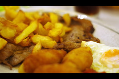 Meal at Ledesma (Iker Merodio | Photography) Tags: meal bazkari ledesma bilbao bizkaia biscay basque country euskadi food french fries egg meat steak croquette