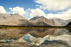 Reflection (xkcd-ed) Tags: leh ladakh reflection landscape landscapephotography mountains himalays himalay nubra valley lake water blue scenery sky india