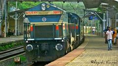 Konark Express (AyushKamal2014) Tags: kamshet 70011 konarkexpress punewdg4