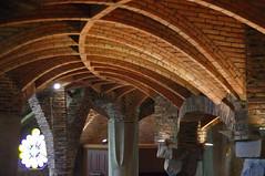 Crypte de la Colonie Gell (Santa Coloma de Cervell/Barcelone) (PierreG_09) Tags: barcelona espaa architecture spain gaudi catalunya espagne glise catalua barcelone modernisme architecte crypte antonigaudi espanya catalogne santacolomadecervell cryptedelacoloniegell