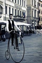 Forgotten glory (sladkij11) Tags: bicicletta velocipide biancoenero blackandwhite bw nikond610 d610 streetphotography afsnikkor50mmf18g