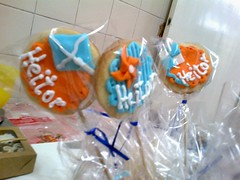 2014-11-21-1251 (Denise Chagas) Tags: pipa ch de beb babyshower azul e laranja biscoitos decorados bolo pasta americana