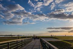 Evening Sky (Infomastern) Tags: malm vstrahamnen bridge bro cloud goodnightsun hav sea sky