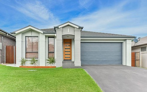16 Lorimer Crescent, Elderslie NSW 2570