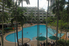 Img507213nx2 (veryamateurish) Tags: singapore orangegroveroad shangrilahotel view