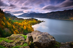 Columbia River Gorge (David Shield Photography) Tags: columbiarivergorge hoodriver oregon pacificnorthwest autumn fall landscape foliage trees water sky longexposure clouds color light nikon