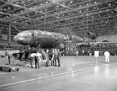 Atlas Collection Image (San Diego Air & Space Museum Archives) Tags: aircraftmanufacturing aviation aircraft airplane airliners mcdonnelldouglas mcdonnelldouglasdc10 dc10