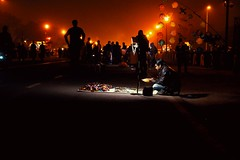 Rajpath (foodiee) Tags: delhi india rajpath indiagate canon70d seller cold winter evening people night