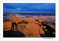 Going together (jongsoolee5610) Tags: seascape maroubra sydney australia sea sydneyseascape friend shadow