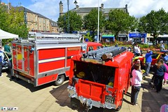 Land rover defender + Volkswagen LT Johnston 2015 (seifracing) Tags: cars volkswagen scotland europe cops scottish rover ambulance vehicles event land van emergency pompier spotting services lt strathclyde johnston defender ecosse pompiers 2015 seifracing