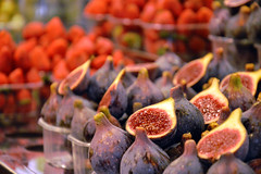 September more (honeycri) Tags: barcelona nikon bcn catalunya autunno mercato boqueria barcellona spagna espania figues catalogna nikond3200 fichi honeycri