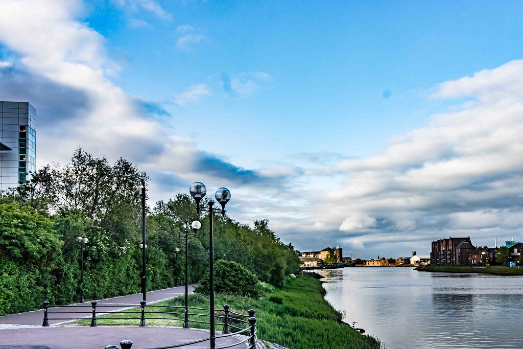 A WALK ALONG THE LAGAN TOWPATH [BELFAST]-108968