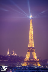 Light on (A.G. Photographe) Tags: paris france french nikon europe eiffeltower sigma montmartre sacrcoeur toureiffel ag capitale franais parisian anto xiii parisien d810 humanenergy 150600 antoxiii agphotographe