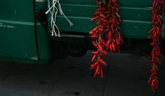 Peperoncini (raffa.ella@rocketmail.com) Tags: verde da ape 50 rosso peperoncini tipico tradizione