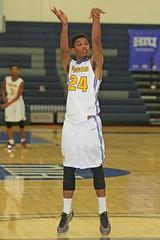 D142372A (RobHelfman) Tags: sports basketball losangeles highschool tournament crenshaw valleychristian orangeholidayclassic raykwanewilliams