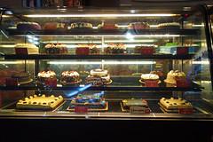 2015 03 10 Vac Phils b Cebu-City - Ayala mall-8 @ Red Ribbon (pierre-marius M) Tags: vac phils b cebucity ayala mall redribbon