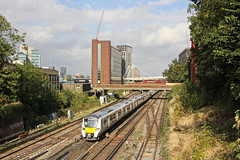 700108 - East Croydon (Tommy's Railway Photos (formerly 96tommy)) Tags: class 700 east croydon uk gb great britain united kingdom england new old thameslink northern livery photo photography transport transportation emu electric electrical multiple unit 700108 london railway train station photograhy