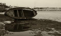 5 (sidney 51) Tags: napoli barca riflessi pozzanghera mare case seppia nero bianco d 7000 nikon