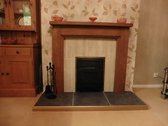 Gilly Russell (Three Step Oak) (Designer Fireplaces) Tags: fireplace hearth fender