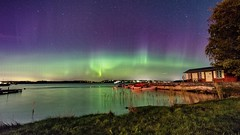 Aurora borealis by the sea