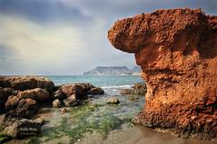 (331/16) Costa de Calpe (Pablo Arias) Tags: pabloarias photoshop nxd cielo nubes texturas roca mar mediterrneo formacinrocosa acantilado agua airelibre