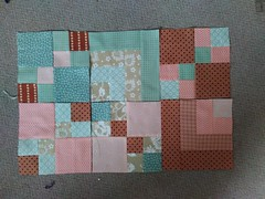 Mum's quilt (strandkorbtraum) Tags: taupe brown pink pastelly apricot blocks farmerswife giftquilt