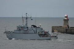 M314 Sakala, M341 Karmoy, M864 Hr Ms Willemstad, M923, Narcis, A960 Godetia, M1058 Fulda leaving the River Tyne, 10/2012 (SteveT0191) Tags: m923 ship warship