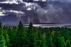 God Rays over the lake - Grand Tetons (FJMaiers) Tags: grand teton national park sun rays