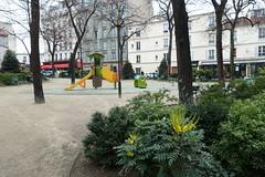 Square Gaston Baty @ Montparnaasse @ Paris (*_*) Tags: paris france europe city autumn fall 2016 cloudy squaregastonbaty park montparnasse