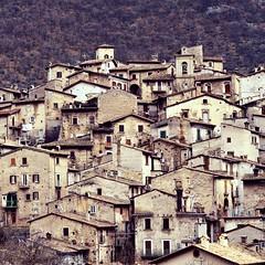 Scanno (robra shotography []O]) Tags: italy scanno abruzzo village abruzzoregion italia borgo square appennino pittoresco caratteristico picturesque apennines