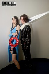 IMG_6907 (Neil Keogh Photography) Tags: armband bag belt black blade blue boots boy cardigan coat cosplay cosplayers denin dokidokifestivalmanchester2016 dress female finalfantasy finalfantasyviii fur girl gunblade jacket japaneseroleplaygamer jeans jrpg leatherjacket male man metal necklace rinoa rinoaheartilly roleplaygame rpg shoes shorts silver squall squallleonhart sword top videogames weapon white woman