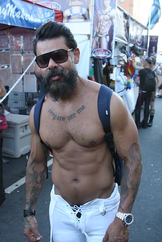 HELLA HOT HAIRY MUSCLE MAN ! (TATTOO: PRAY FOR ME ) FOLSOM STREET FAIR 2016 ! ( safe photo )